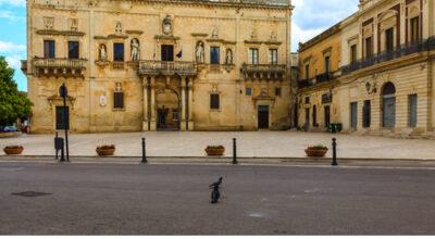 Il Palazzo Ducale in piazza Garibaldi